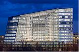 Амстердам: переход от ископаемых видов топлива будет