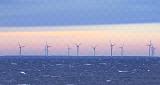 Будут воплощены в жизнь проекты офшорной ветровой энергии и жители будут устанавливать солнечные панели добровольно-принудительно