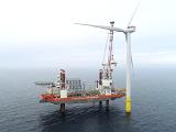 У берегов Британии было установлено  174 ветрогенератора – всего за 9 месяцев