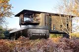 Современный зеленый  дом с геотермальным отоплением